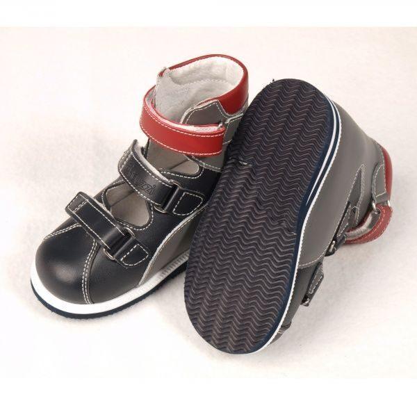Детская ортопедическая обувь ortuzzi